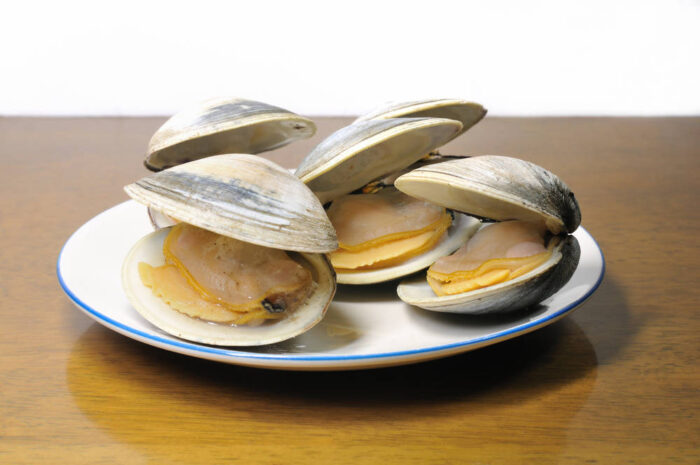 ホンビノス貝とレモンウイスキー蒸しのレシピや栄養の紹介<男子ごはん>